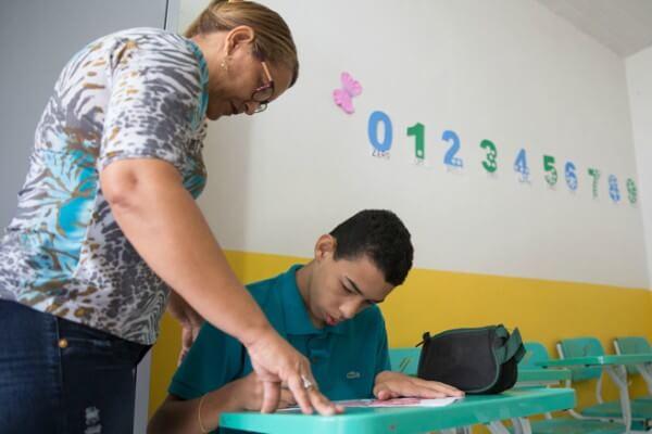 Workshop gratuito aborda o o autismo em sala de aula e em casa