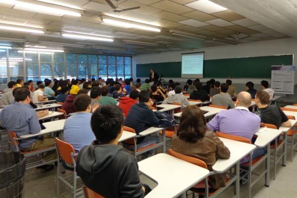 Poli-USP apresenta proposta de novo curso de Engenharia da Complexidade