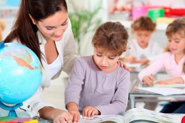 Especialistas falam sobre a importância do letramento e alfabetização na Educação Infantil