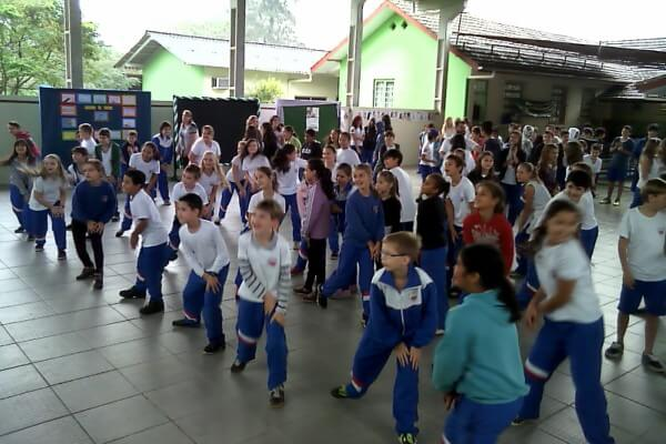 Dia do Desafio movimenta escolas estaduais