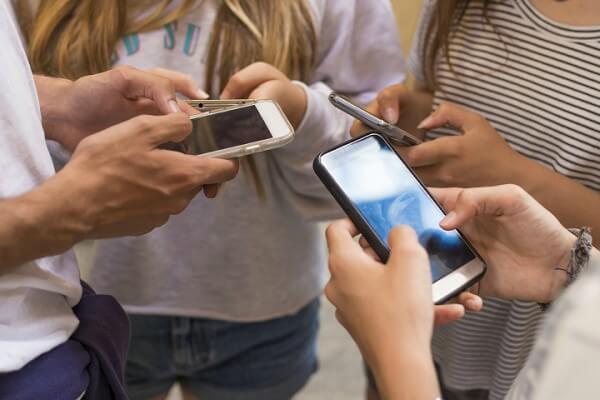 Como as redes sociais podem ser aliadas no ensino de idiomas