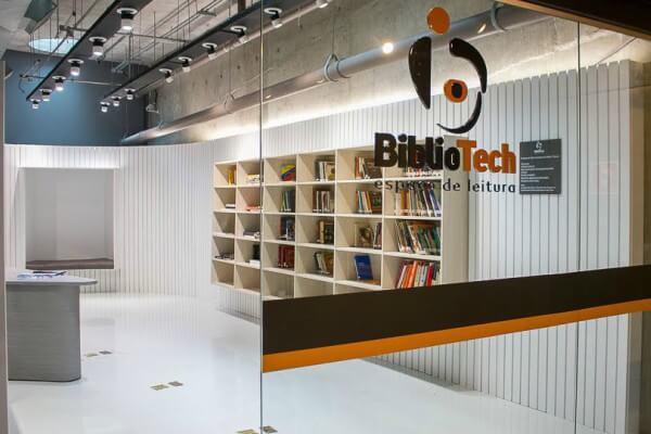 Espaço de Leitura Bibliotech disponibiliza livros indicados para o vestibular para a leitura de deficientes visuais