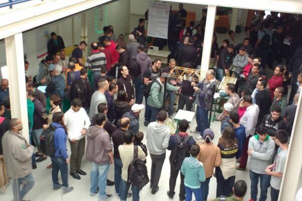 Etecs e Fatecs da zona leste apresentam projetos em Feira de Profissões