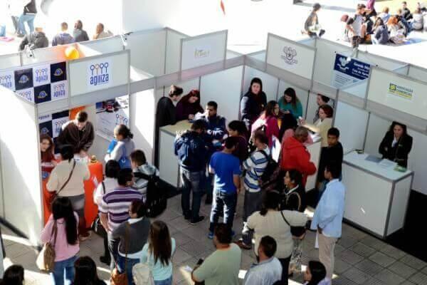 Feira de Profissões na Zona Leste recebe mais de 14 mil visitantes - Educageral