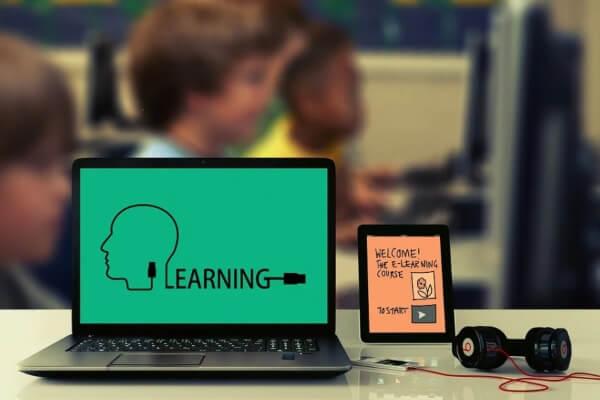 Instituição abre inscrições para Ensino Médio EJA a distância - Educageral