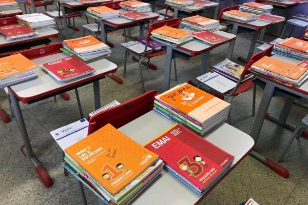 Alunos da rede estadual recebem kits escolares para estudar em casa - Educageral
