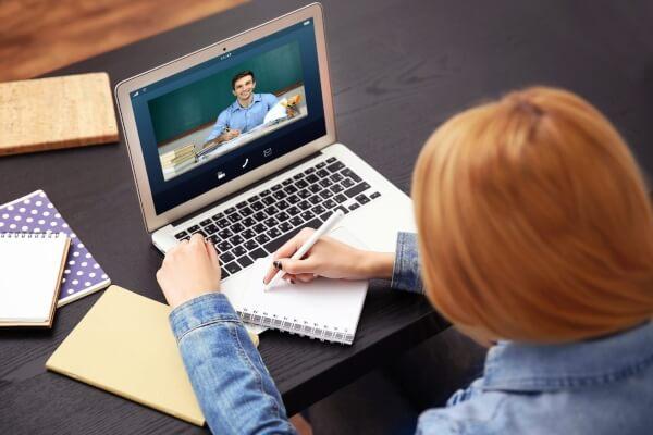 CPS lança cursos livres online gratuitos de Inglês e Espanhol - Educageral