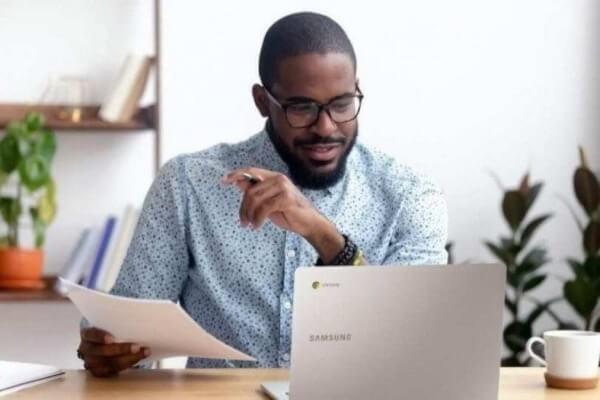 Empresa oferece treinamento gratuito para professores aprimorarem práticas pedagógicas